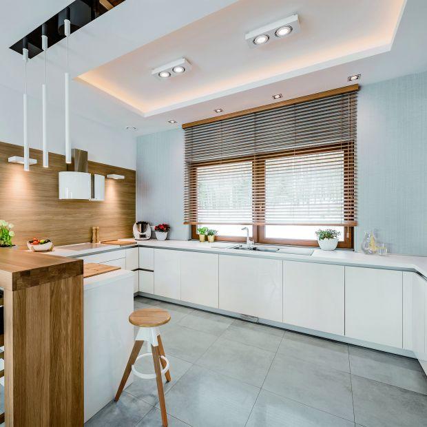 Okno w kuchni - pomysły na aranżację