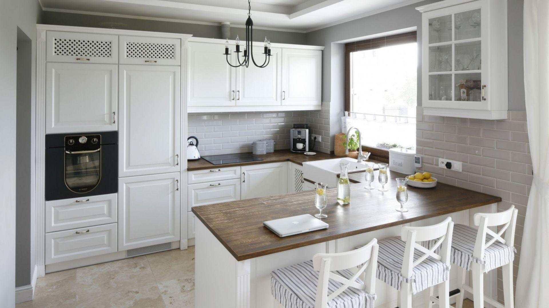 Klasyczna kuchnia - 15 dobrych projektów