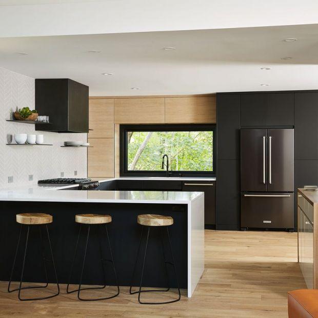 Modna kuchnia - co wybrać zamiast lakierowanych frontów?
