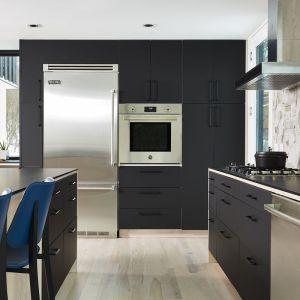 Fronty kuchenne: matowy akryl. Fot. Rehau
