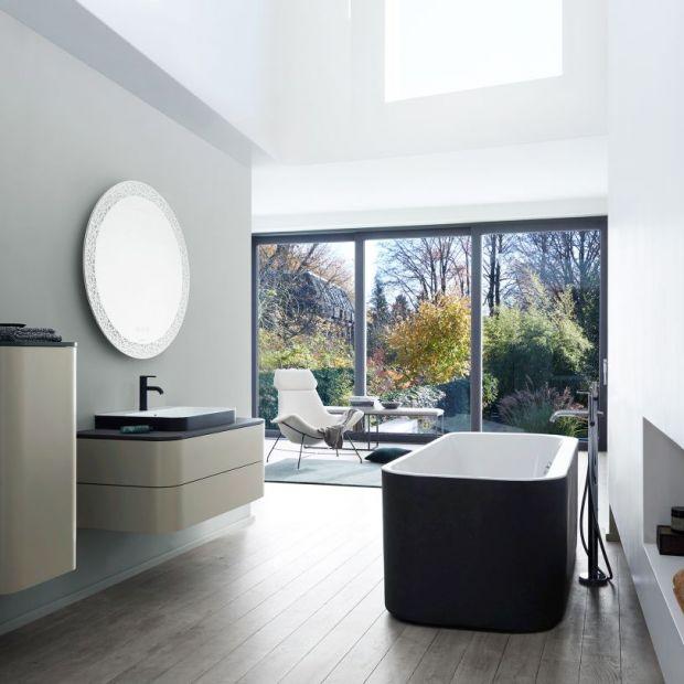 Aranżacja łazienki. Zobacz wyjątkową kolekcję umywalek, luster i wanien