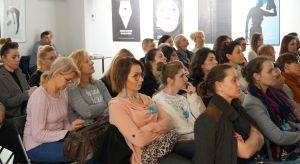 Merytoryczne prezentacje, duża dawka nowości i trendów, ciekawe rozmowy, inspirujące dyskusje. Tak było 10 kwietnia w Krakowie, gdzie spotkaliśmy się z projektantami i architektami wnętrz. Za nami kolejne Studio Dobrych Rozwiązań.