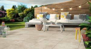 Wybierając materiał na posadzkę tarasu lub przydomowej strefy rekreacji często stajemy przed dylematem: beton czy ceramika? Złotym środkiem i rozwiązaniem problemu mogą okazać siępłyty gresowe z efektem betonu.