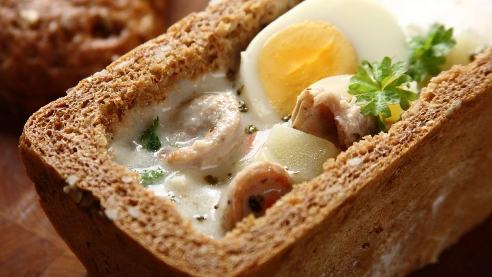 Wielkanocny żurek w chlebie. Fot. Knorr