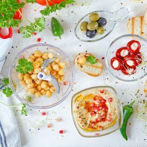 Akcesoria do hummusu i wiosennych sałatek. Fot. Galicja dla Twojego Domu