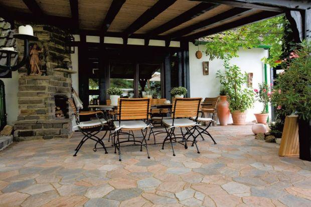 Otoczenie domu - ogród w stylu śródziemnomorskim