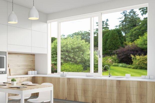 Okno w kuchni - wygodny model przesuwny