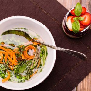 Wiosenna zupa z groszku. Fot. Liebherr