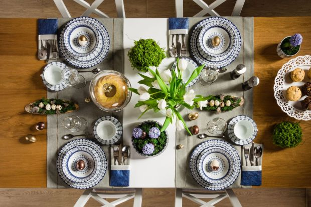 Wielkanocny stół. 15 pomysłów na aranżację