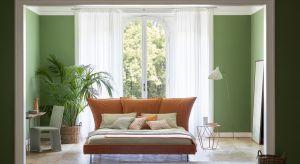 Łóżka tapicerowane to nieodłączny element luksusowej sypialni. Najnowsze propozycje włoskiej marki zachwycają designem, oryginalnymi formami zagłówków oraz modnymi kolorami tapicerki.