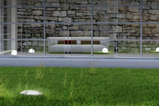 Lampy pełnią funkcjonalne i dekoracyjne zadanie w naszym ogrodzie, dodatkowo są one niezbędne, jeśli nie chcemy przedwcześnie kończyć spotkania ze znajomymi. Wprowadzając je na swój trawnik najlepszym rozwiązaniem będzie zaufanie prostocie po�