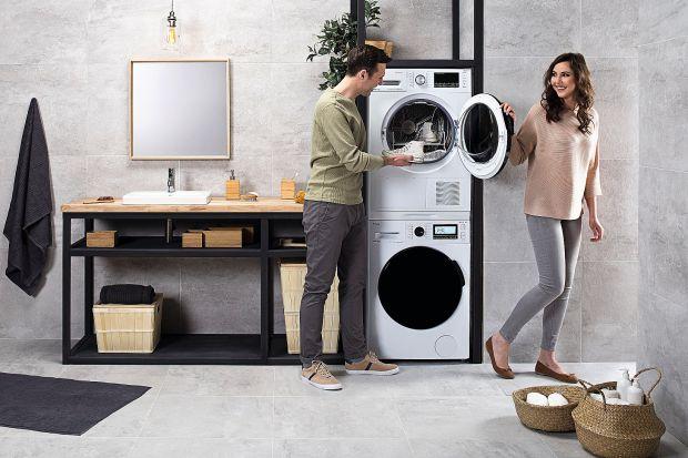 Nowoczesna pralka z powodzeniem usunie nawet najtrudniejsze zabrudzenia, nie niszcząc przy tym tkanin i kolorów. Suszarka zaś zadba, by nasze ubrania nie tylko były od razu suche, ale też łatwe do uprasowania.
