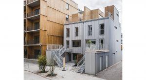 """Przyciągający uwagę budynek """"Lilla Integralen"""" posiada fasadę wykonaną z powlekanej organicznie stali GreenCoat® z SSAB i znalazł się wśród finalistów znanego szwedzkiego konkursu architektonicznego Plåtpriset 2019."""