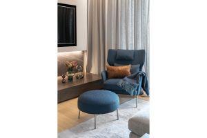 Właściciele marzyli o domu, który będzie przytulny, nowoczesny i komfortowy. Projekt: Katarzyna Kraszewska. Fot. Tom Kurek. Stylizacja: Eliza Mrozińska