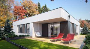 Igo 2 to efektowny i niedrogi dom parterowy z garażem, odpowiadający potrzebom 4-osobowej rodziny.