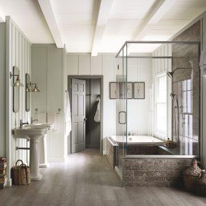 Aura Bath & SPA to wodorozcieńczalna farba akrylowa do łazienek. Fot. Benjamin Moore