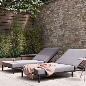 Piękny taras na lato - nowe kolekcje mebli ogrodowych:  kolekcja Rome. Fot. BoConcept
