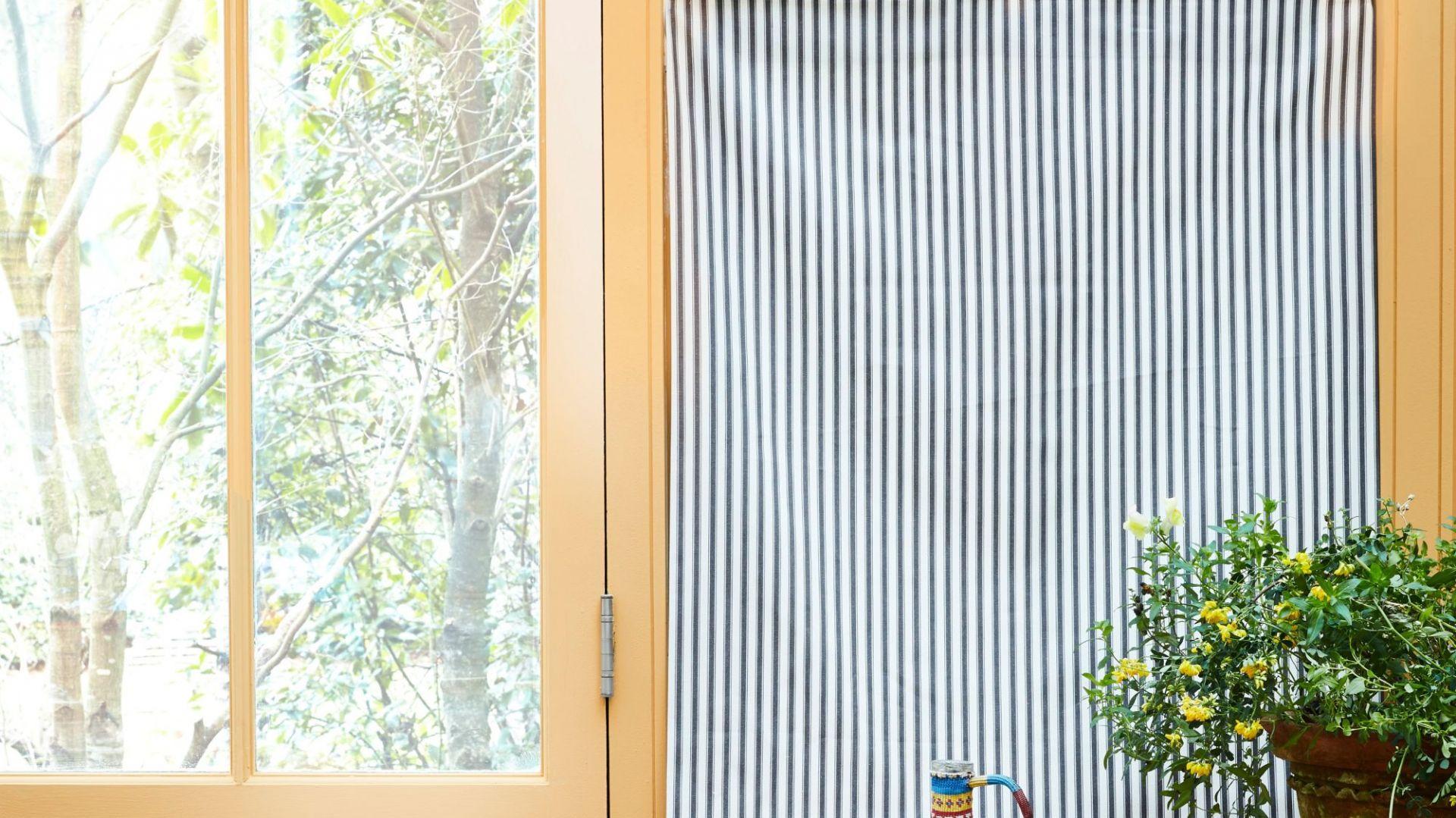 Annie Sloan inspiruje, jak korzystając z farb kredowych, lakieru, szablonów, tkanin odnowić ściany, meble, a także wykonać oryginalne dekoracje. Fot. Annie Sloan