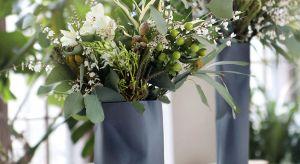 Kwiaty to jedne z najpiękniejszych dekoracji każdego wnętrza. By zdobiły je z prawdziwą klasą i wdziękiem wymagają odpowiedniej oprawy.