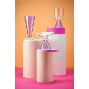 Kolekcji SAKRED to ekskluzywny wybór przedmiotów wykonanych z kolorowego szkła w przykuwających wzrok odcieniach. Premiera miała miejsce na targach Ambiente 2019 we Frankfurcie. Fot. Krosno