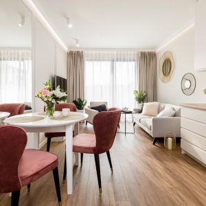 Małe mieszkanie - urocze, jasne wnętrze