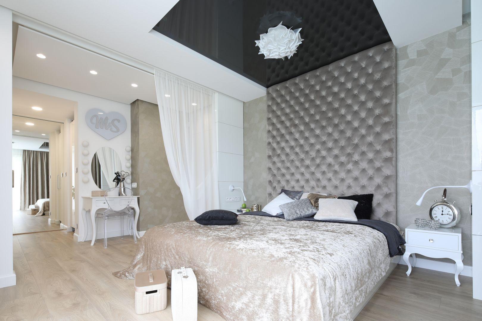 Pomysł na oświetlenie w sypialni. Projekt: Dariusz Grabowski. Fot. Bartosz Jarosz