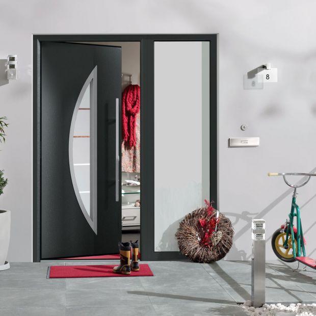 Nowoczesne drzwi wejściowe - dobra zapowiedź wnętrza