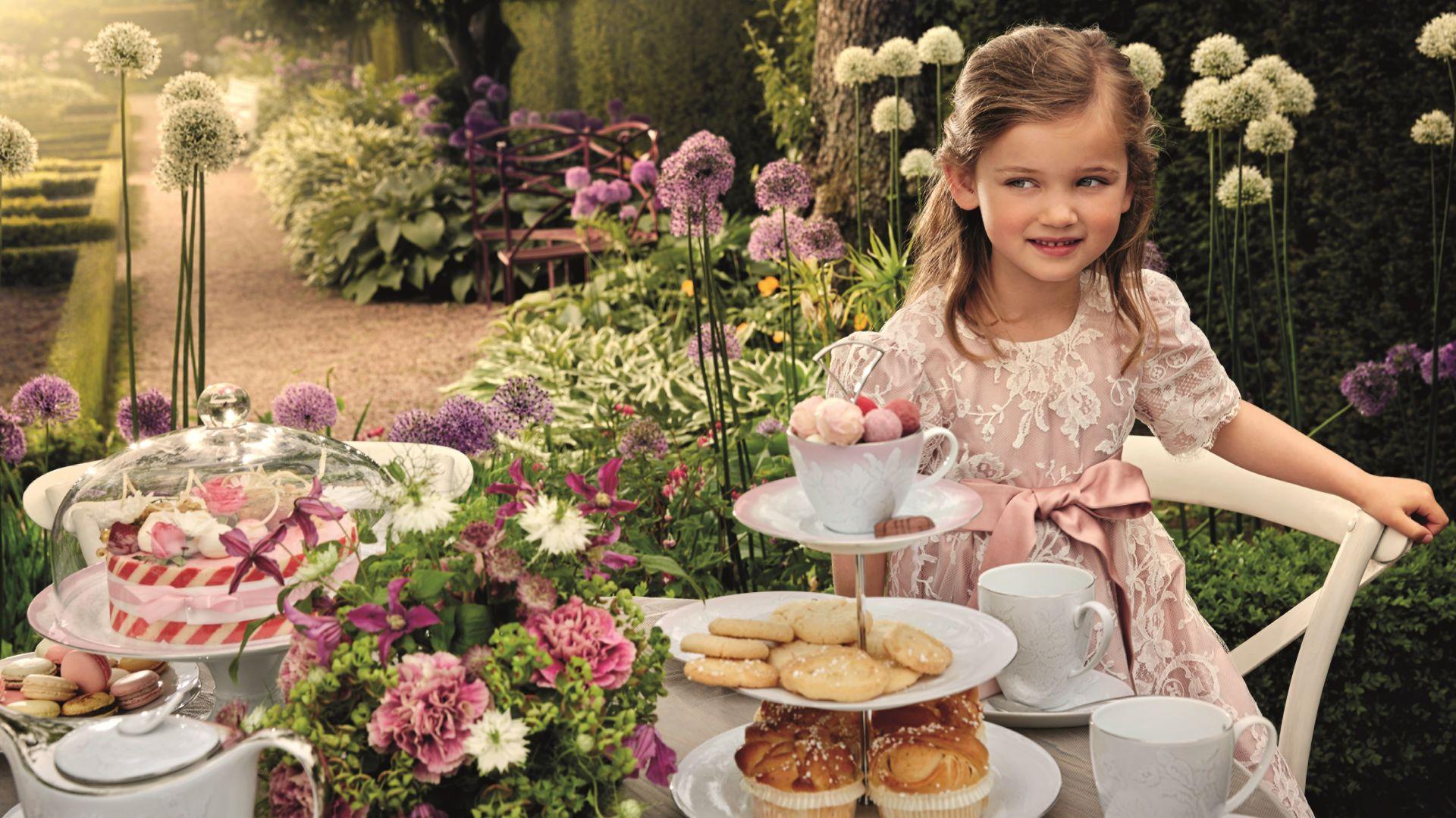 Przyjęcia dla najmłodszych w pięknej oprawie: serwis Lace. Fot. Fyrklövern