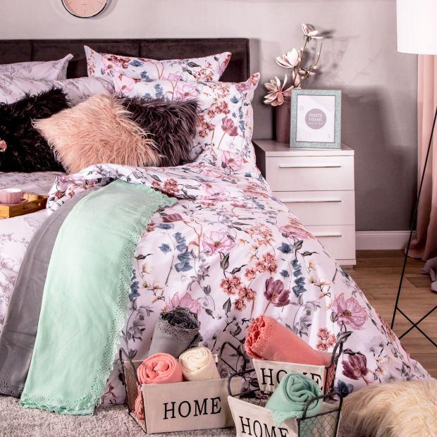 Wiosenna metamorfoza sypialni - postaw na kolorowe dodatki