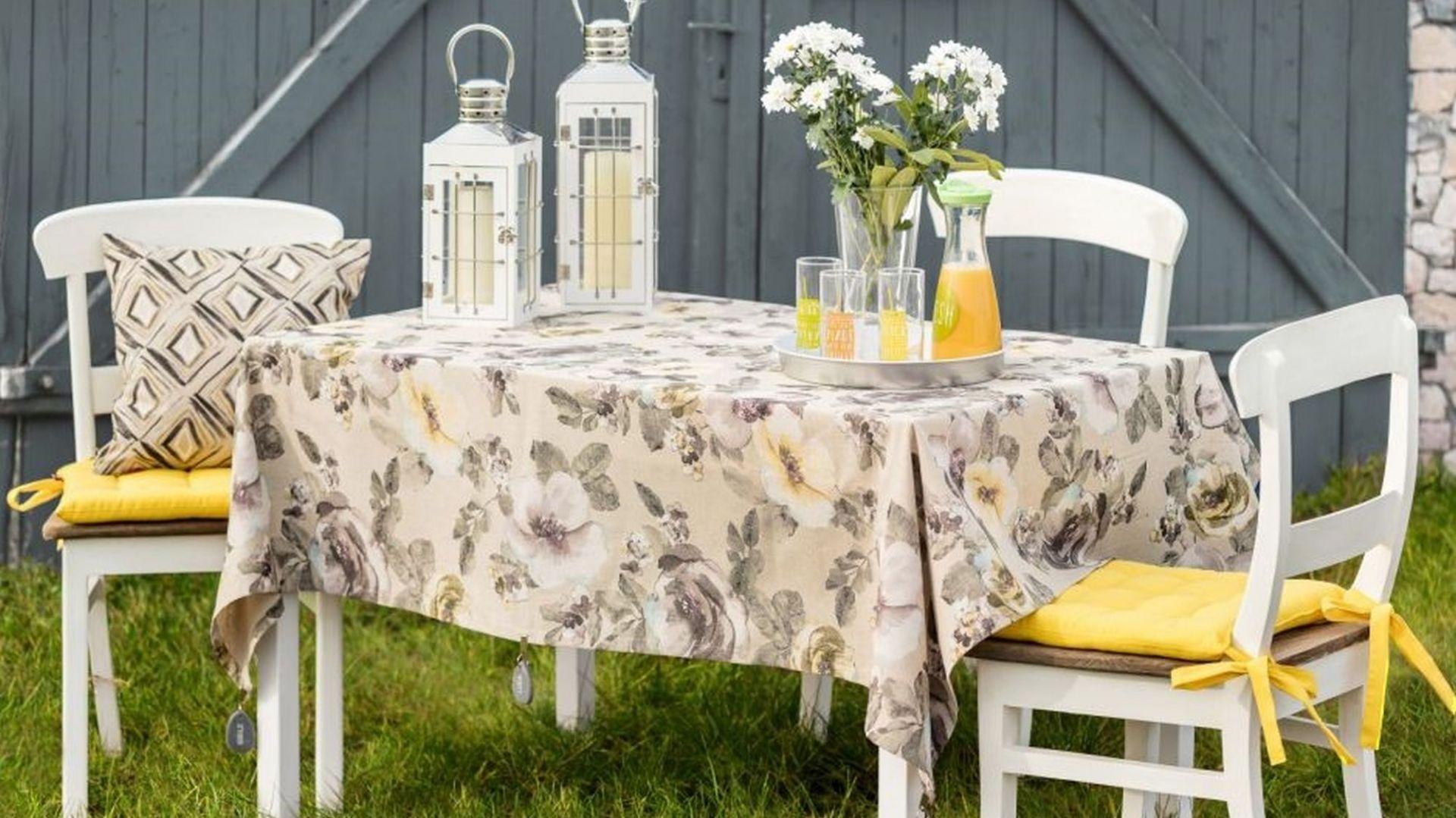 Urządzamy jadalnie w ogrodzie - pomysły na aranżację. Fot. Dekoria.pl