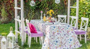 Sprawdź, jak zaaranżować przestrzeń, aby była zarówno efektowna, jak i praktyczna.<br />To Ty decydujesz, czy dekoracja Twojego przyjęcia w ogrodzie będzie pełna kolorów, czy utrzymana w stonowanych barwach.