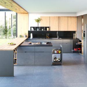 Carga Maxi i Mini z linii Maxima to recepta na stworzenie pojemnej spiżarni nawet w stosunkowo niewielkiej kuchni. Fot. Rejs