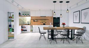 Funkcjonalność zabudowy kuchennej, a także komfort pracy w kuchni to aspekty, na które zwraca uwagę coraz więcej osób. Kluczową rolę w tworzeniu przyjaznych, wygodnych wnętrz pełnią elementy niewielkie np. akcesoria meblowe.