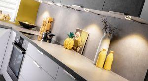 <br />W tym sezonie stawiamy na kamień. Pora jednak odświeżyć jego design iwprowadzić do kuchni mniej oczywiste dekory inspirowane pięknem naturalnych skał.