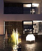 Piętro domu mieści trzy sypialnie, do których przypisane są kolejno: salon kąpielowy, toaleta, sauna. Drugiej sypialni towarzyszy pokój dzienny, łazienka, toaleta; trzeciej, gościnnej zaś: łazienka i toaleta. Plan piętra uzupełnia pralnia. Projekt i wizualizacje: ANIEA - Andrzej Niegrzybowski architekt