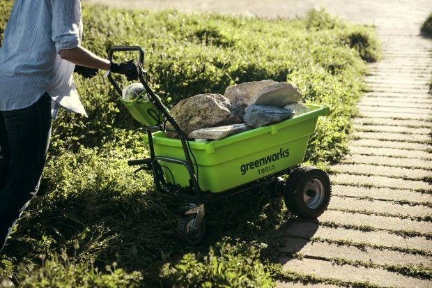 Prace w ogrodzie. Narzędzie i maszyny, które Ci pomogą