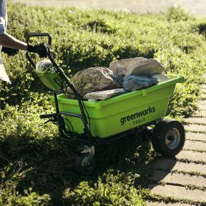 Prace w ogrodzie. Narzędzie i maszyny, które Ci pomogą. Fot. Greenworks