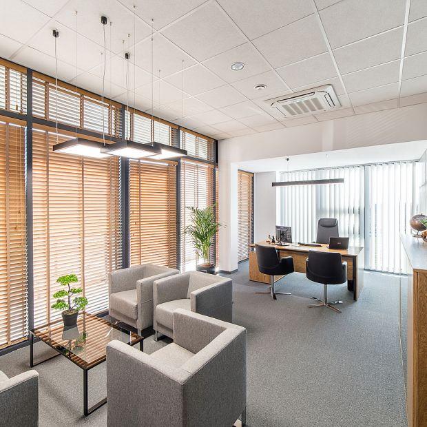 Nowoczesne i funkcjonalne biuro. Sprawdź jak je zaprojektować