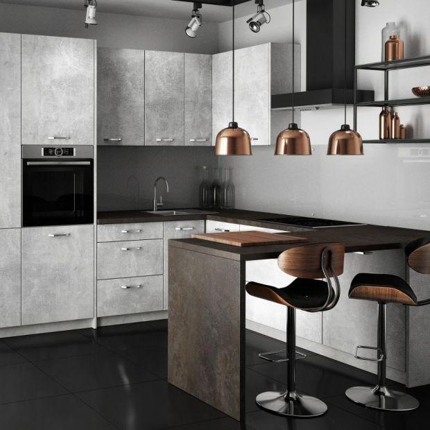 Beton w kuchni - surowy materiał, przytulne wnętrze