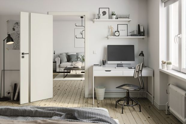 Odpowiednio dobrane drzwi podniosą funkcjonalność domowych pomieszczeń. Modele z przeszkleniami ożywią wnętrze wprowadzając do mieszkania odrobinę blasku i naturalnego światła, zaś skrzydła w wersji pełnej zapewnią lepsze wyciszenie, a tak�