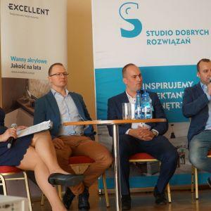 Materiały - co nowego. Dyskusja podsumowująca z udziałem przedstawicieli firm Wytwórnia Parkietów Dąbex i Hörmann Polska
