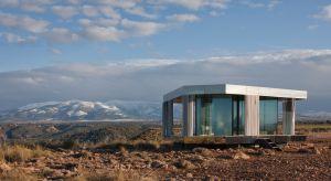 """""""Dom na Pustyni"""", pionierski projekt zrealizowany na Półwyspie Iberyjskim, to inicjatywa firmy Guardian Glass, której celem było przetestowanie rozwiązań szklanych w najbardziej ekstremalnych warunkach klimatycznych."""