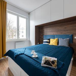 Klimatyczna 42-metrowa kawalerka. Projekt: Baransu – inwestycje w mieszkania na wynajem. Fot. Paweł Martyniuk
