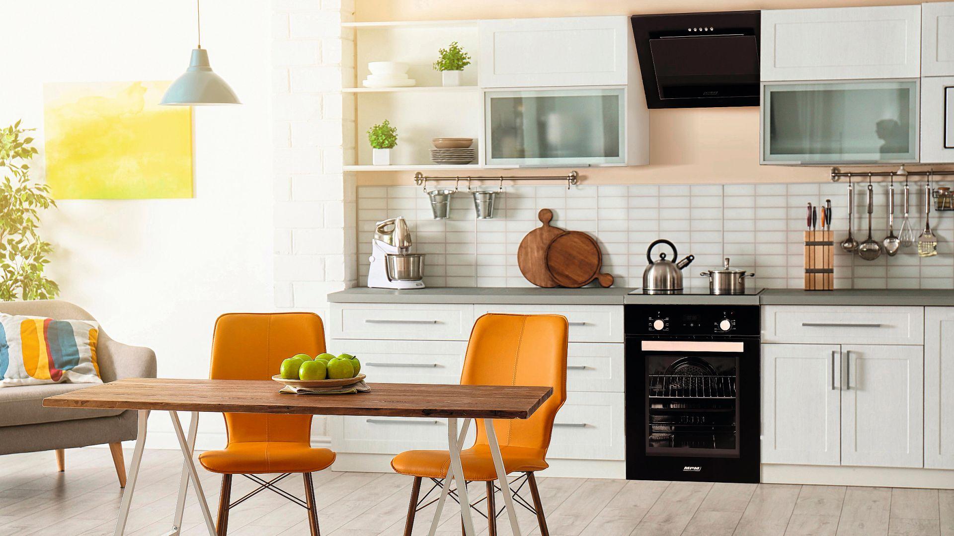 MPM 45 - linia sprzętów kuchennych o szerokości zaledwie 45 cm, które idealnie wpisują się w koncepcję kompaktowych pomieszczeń. Fot. MPM