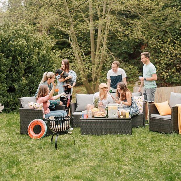 Relaks w ogrodzie - jak dobrać meble