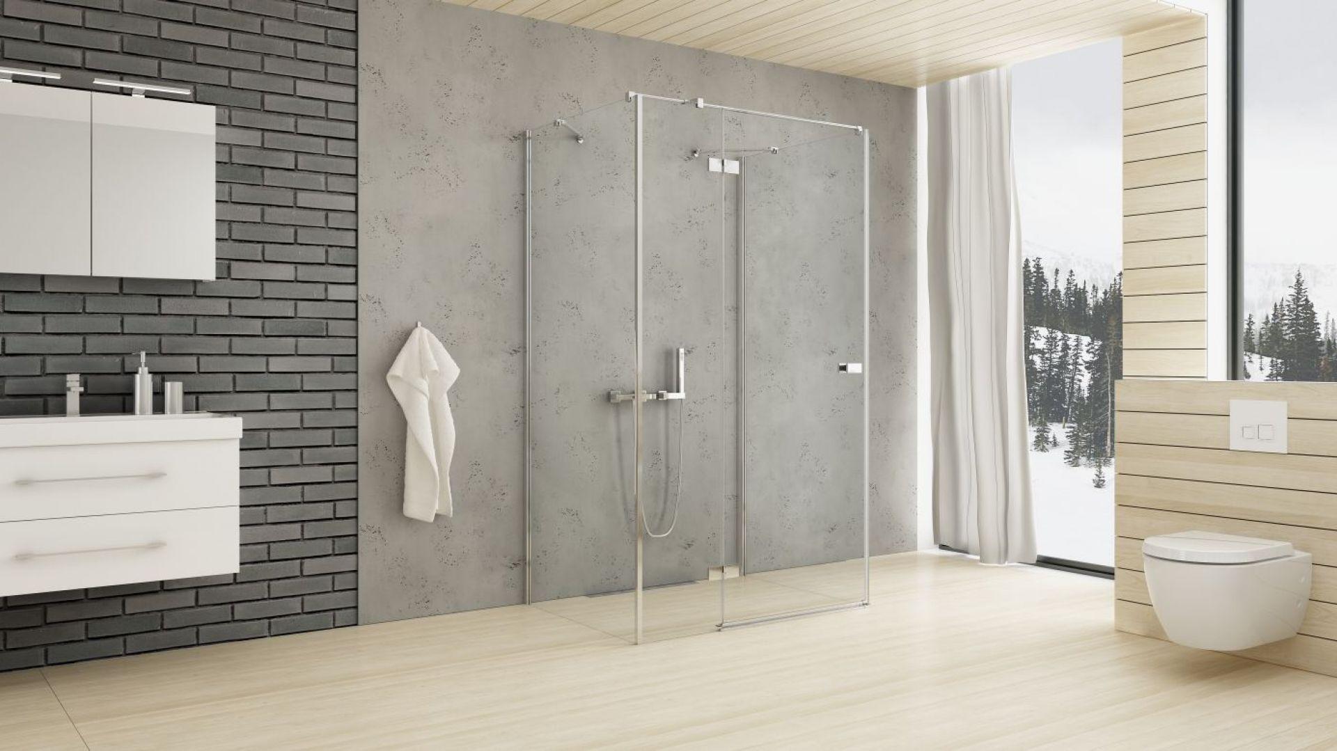 Duża łazienka - kabiny prysznicowe na wymiar. Fot. New Trendy