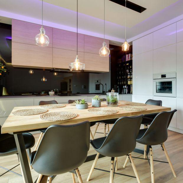 Ściana nad blatem w kuchni: 15 dobrych projektów