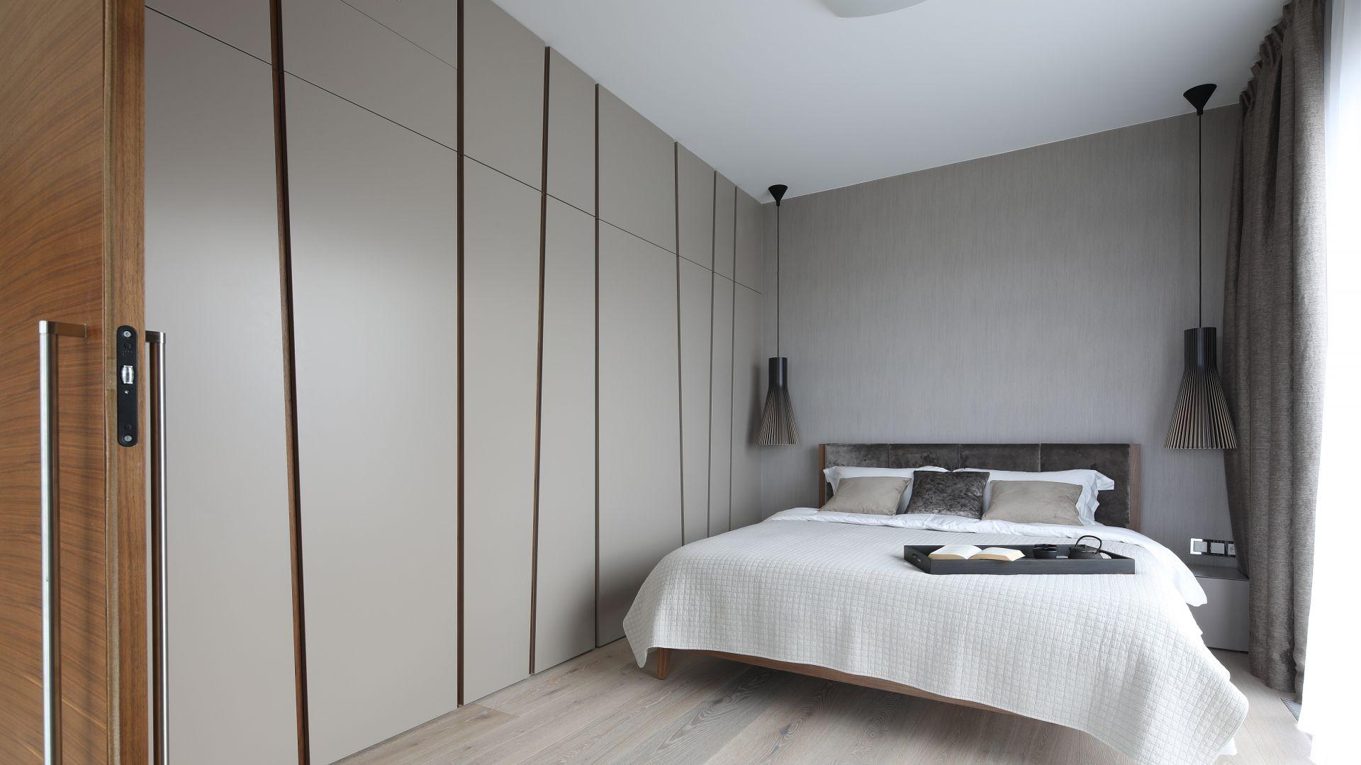 Łazienka przy sypialni. Projekt: Magdalena Lehmann. Fot. Bartosz Jarosz