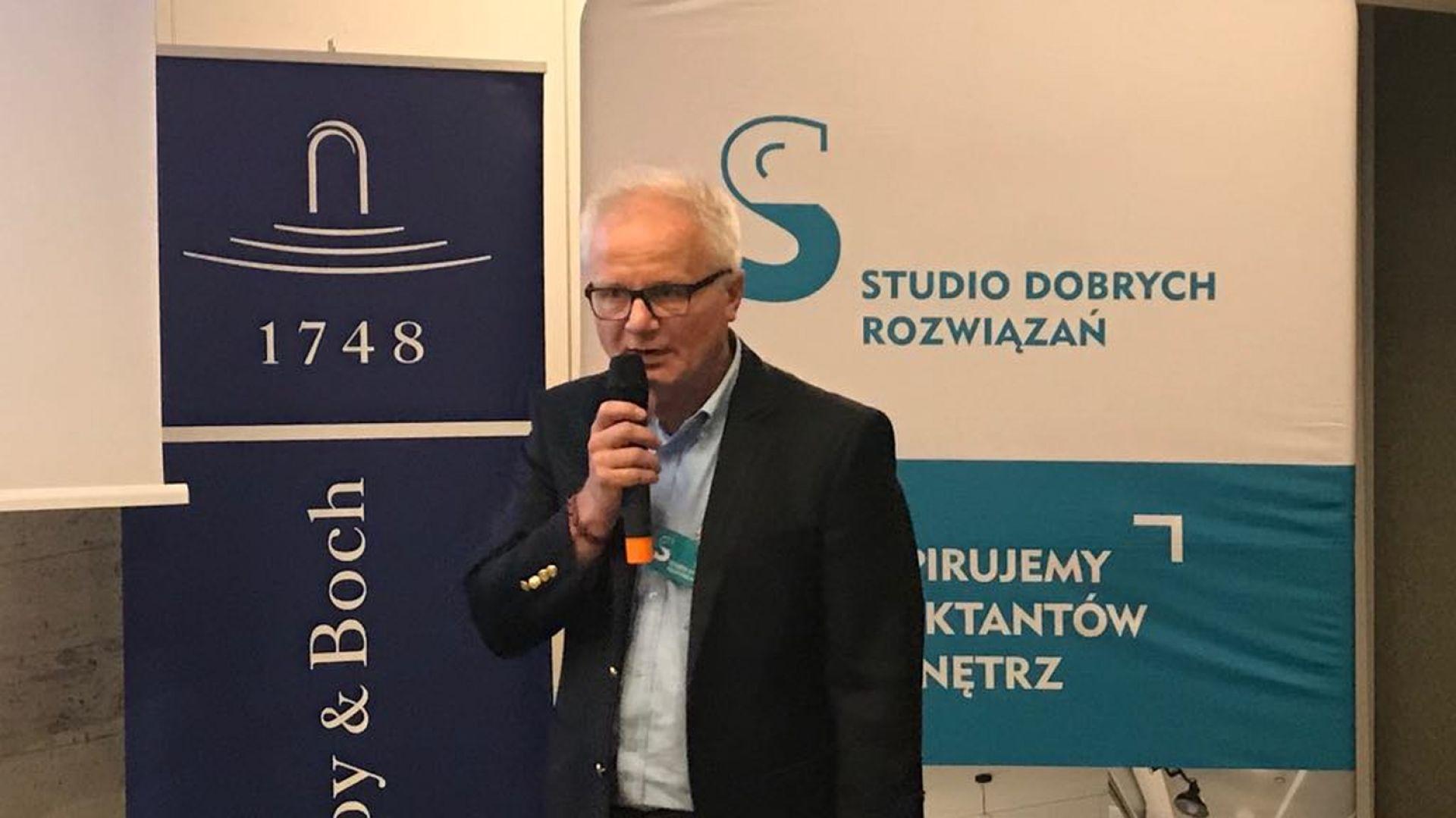 Jacek Jakubiak, Pfleiderer