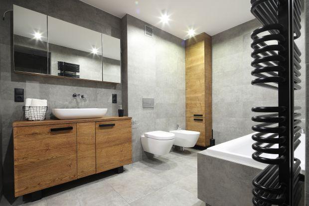 We wnętrzach łazienek od lat niepodzielnie królują odcienie szarości. Zobaczcie jak prezentują się w najmodniejszych aranżacjach.